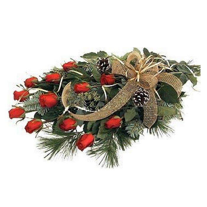 Χριστουγεννιάτικο μπουκέτο με τριαντάφυλλα