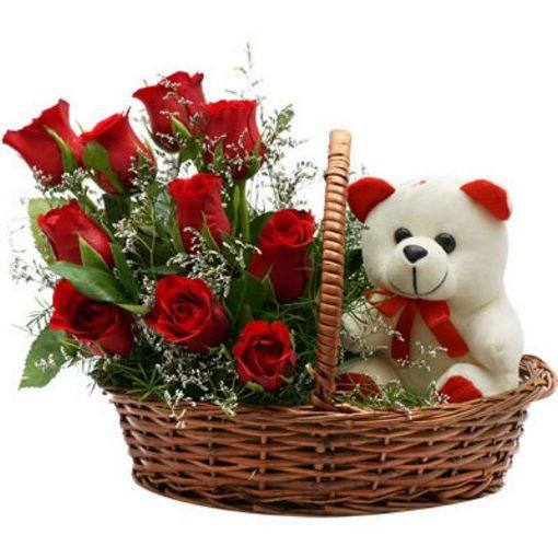 Roses in basket plus tendy-bear 0151
