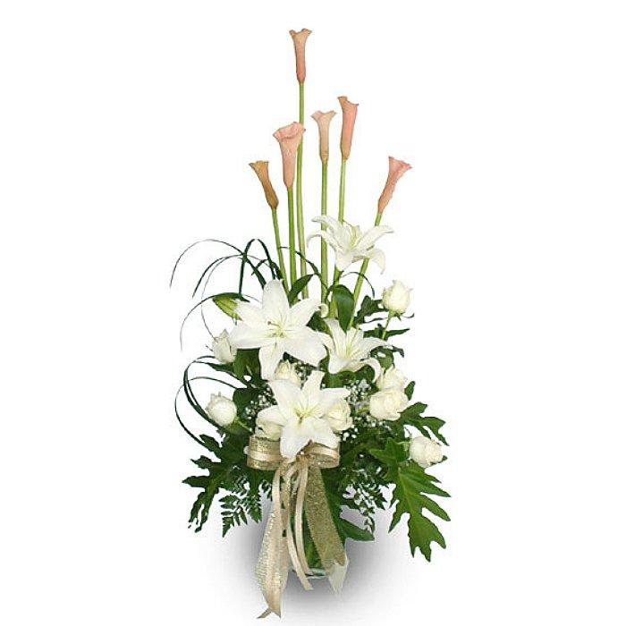 Σύνθεση με φρέσκα λουλούδια 00362