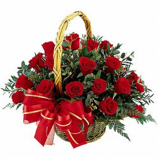 Τριαντάφυλλα σε καλάθι 011
