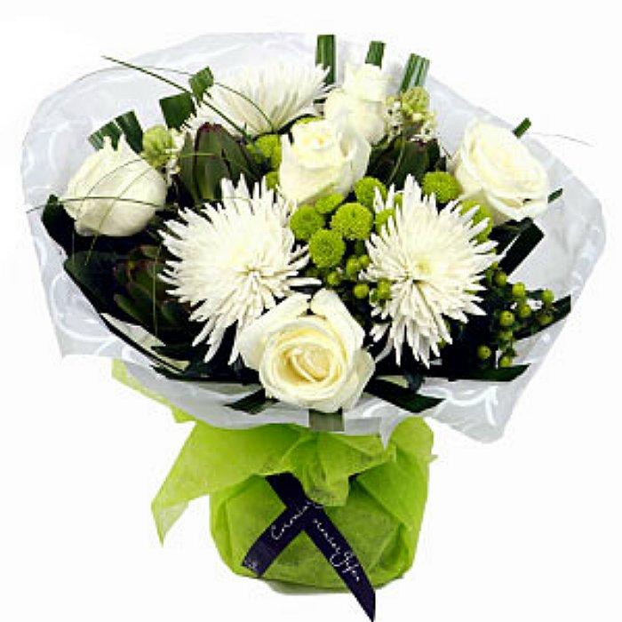Μπουκέτο με φρέσκα λουλούδια 00209